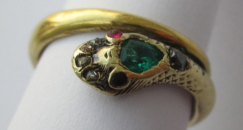 A reproduction of Queen Victoria's engagement ring; the original has not been photographed.