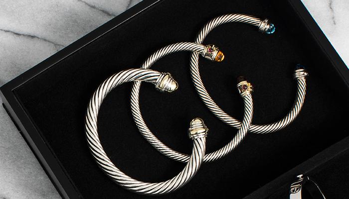 Lined jewelry box
