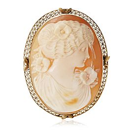 Estate Cameo Brooch in 14KT Yellow Gold