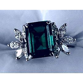 14K White Gold Emerald Diamond Ring Size 6.5