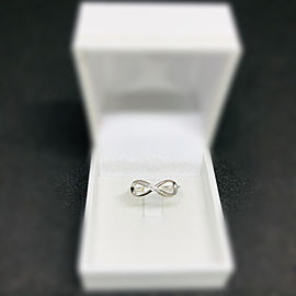 9CT Solid White Gold Infinity Diamond Ring