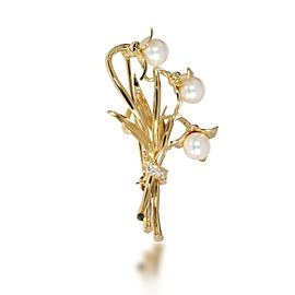 Tiffany & Co. Vintage Pearl Diamond Lily Brooch in 18K Yellow Gold 0.05 CTW