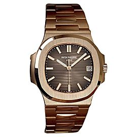 Patek Philippe Nautilus 5711/1R-001 18K Rose Gold Automatic 40mm Mens Watch