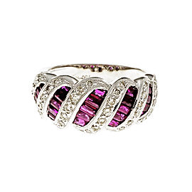 18K White Gold Ruby Diamond Ring Size 7.25