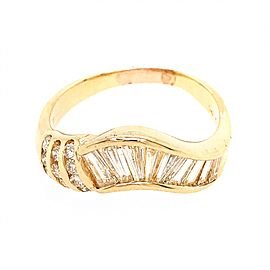 Estate 14k Yellow Gold Diamond Baguettes Ring