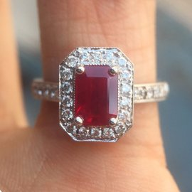 18K White Gold Ruby Diamond Halo Engagement Ring Size 7