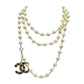 Chanel Vintage Gold Tone Hardware and Gripoix with Glass Simulated Pearl CC Necklace