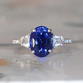 18K White Gold Sapphire Diamond Ring Size 7