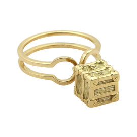 Louis Vuitton Petite Malle 18K Yellow Gold Cube Charm Band Ring Size 5.5