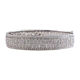 18K White Gold with 2.50ct Diamond Bangle Bracelet