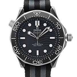 Omega Seamaster Diver 300M Ceramic Steel Back Dial Men Watch 210.92.44.20.01.002