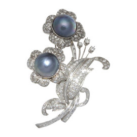 Platinum 3.50 Ct Diamond Pearl Flower Brooch