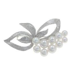 Mikimoto 18k White Gold Pearl Pin Brooch