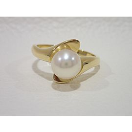 Mikimoto 18K Yellow Gold Cultured Pearl Ring Size 5