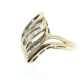 Estate 10k Yellow gold Baguette Diamonds Ladies Ring Size 8.75