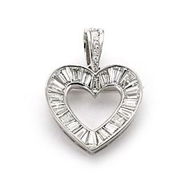 Platinum 3 Carats Diamond Heart Pendant / Brooch