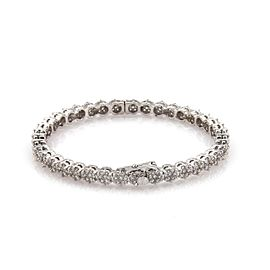 Modern 4.50 Carats Diamond 14k White Gold Rosette Link Hinged Bangle