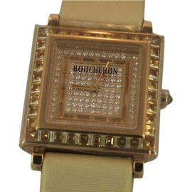 Boucheron Classique 18K Yellow Gold 24mm Womens Watch