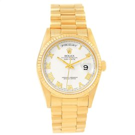 Rolex Day-Date 18238 18K Yellow Gold & White Dial 36mm Mens Watch