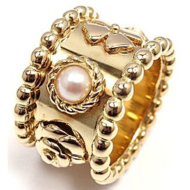 Chanel 18K Yellow Gold Simulated Glass Pearl Clover Camelia Band Ring Size 5