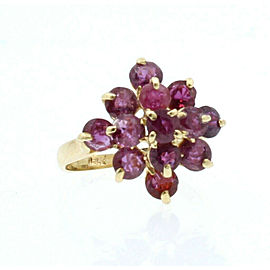 ESTATE 14k Yellow Gold Rubies Cluster Ladies ring 3.1 Grams Size 4.5