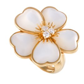 Van Cleef & Arpels Mimi Nerval 18K Yellow Gold Diamond and Mother of Pearl Flower Ring Size 6.5