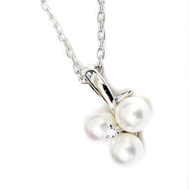 Mikimoto 18k White Gold Pearl and Diamond Pendant Necklace