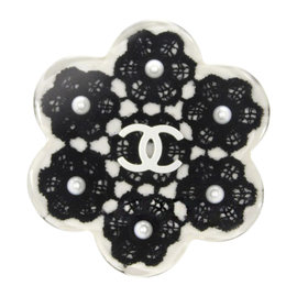Chanel Plastic Flower Motif Brooch