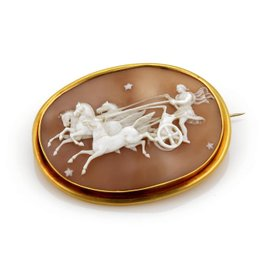 22K Yellow Gold Shell Cameo Brooch