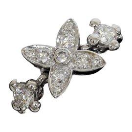 Louis Vuitton 18K White Gold Diamond Ring