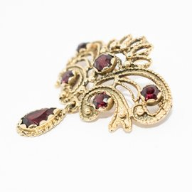 Vintage 14K Yellow Gold and Garnet Stones Brooch Pin or Pendant