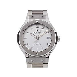 Hublot Classic Fusion 585.NX.2610.NX 33mm Womens Watch