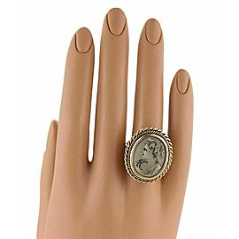 Vintage Solid 18k Yellow Gold Oval Lava Lady Cameo Ring - Size 6.25