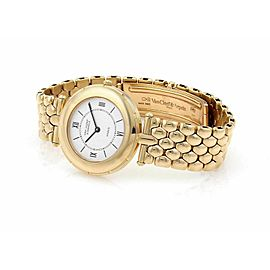 Van Cleef & Arpels 18k Yellow Gold Ladies 31mm Wrist Watch Quartz 13107