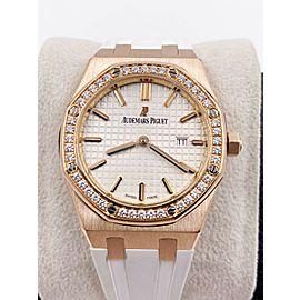 Audemars Piguet Royal Oak 67651OR.ZZ.D080CA.01 Diamond 18K Rose Gold White Strap