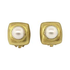 Robin Rotenier 18k Yellow Gold Pearl Clip Earrings