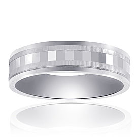 14K White Gold With Textured Band Size 11.75