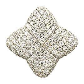 David Yurman 18K White Gold with 3ct. Diamond Quatrefoil Ring Size 6