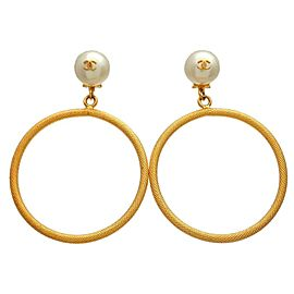 Chanel CC Gold Tone Glass Simulated Pearl Hoop Vintage Earrings