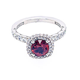 Tacori 18k White Gold 6mm Round Garnet Center & Diamonds Ring