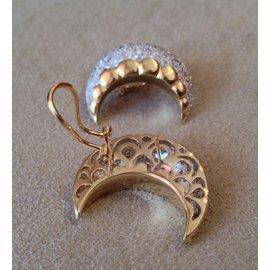 18K Yellow Gold 5.80ctw Diamond Crescent Earrings