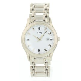Piaget Polo 24001M501 18K White Gold Automatic 34mm Mens Watch