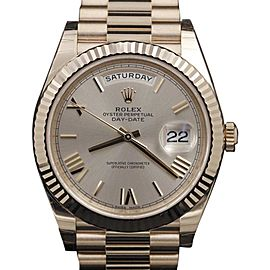 Rolex Day-Date 228235 18K Rose Gold Sundust Roman Dial 40mm Mens Watch