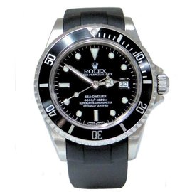 Rolex Sea-Dweller 16600 Stainless Steel & Rubber Automatic 40mm Mens Watch