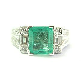 18Kt Colombian Green Emerald & Diamond White Gold Jewelry Ring 2.55Ct