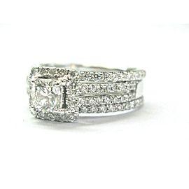 Cushion-Cut Halo Diamond Engagement Ring 14KT/18KT White Gold 1.94Ct E-VS2