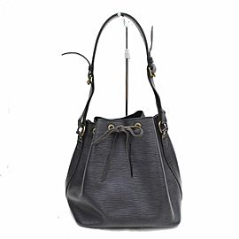 LOUIS VUITTON Black Epi Noir Petit Noe Drawsting Bucket Hobo 868924
