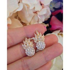 18K Yellow Gold Cluster 1.25ctw Diamond Earrings