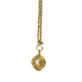Chanel Gold Tone Metal Chain Imitation Pearl Necklace