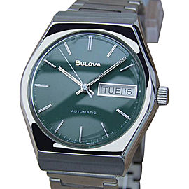 Bulova N7 Automatic Stainless Steel Swiss Made Vintage Mens 35mm Watch 1970s